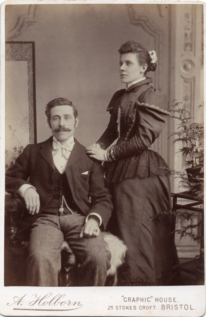 Antique photography Lord & Lady c1890 ©The Baron de Newmarch Collection